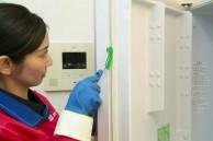 冷蔵庫内を界面活性剤を含まない安心な洗剤で洗浄